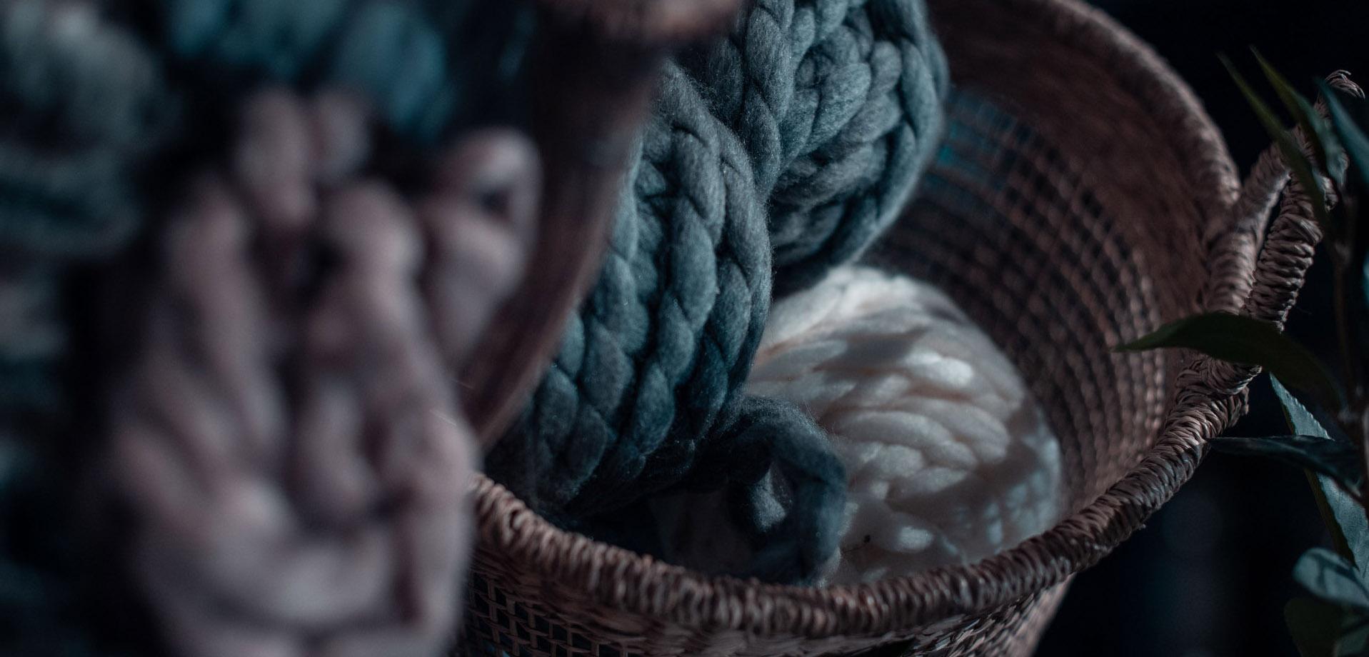 wool-yarn-1680242